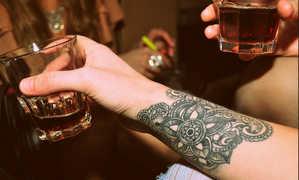 стакан, спиртное, татуировка