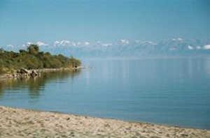 озеро, река